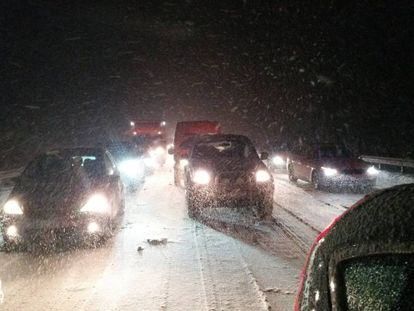 Snow caused chaos on the AP-6.