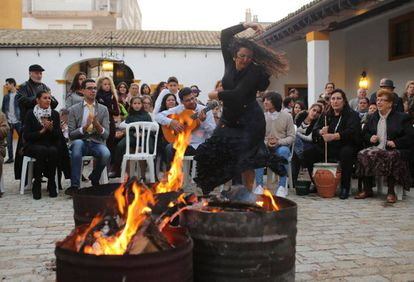 A woman dances at a zambomba in Jerez de la Frontera, Cádiz.