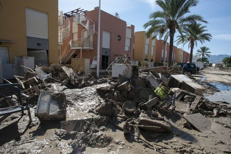 The devastation left in Juan Sebastián Elcano street in Pueblo Laguna, Vera, after flash floods at the end of last month.