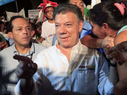 Juan Manuel Santos greets supporters in Villavicencio on Tuesday.