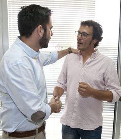 José María González Santos, aka 'Kichi' (right), will be the new mayor of Cádiz.