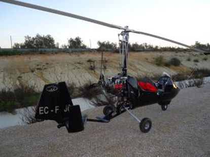 An ultra-light aircraft used to transport hashish from Morocco to Spain.
