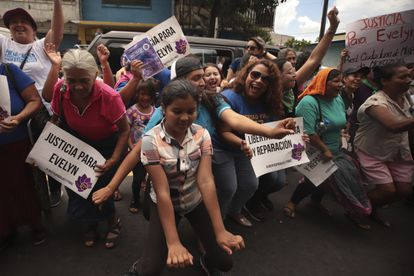Women in El Salvador celebrate the release of Evelyn Hernández, who was sentenced to 30 years in prison for a suspected abortion.