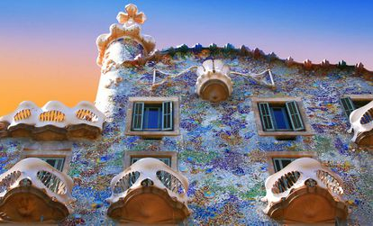 The front of Casa Batlló, a work of the artist Antoni Gaudí, in Barcelona.