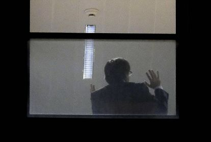 Puigdemont in the prosecutor's office in Belgium.