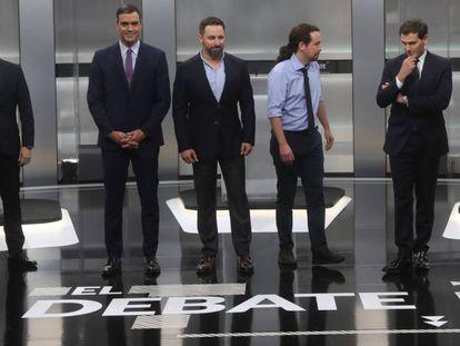 Casado, Sánchez, Abascal, Iglesias and Rivera, moments before the debate began.