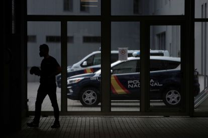 The Lonzas police precinct in A Coruña, where the suspects of the fatal beating are being held.