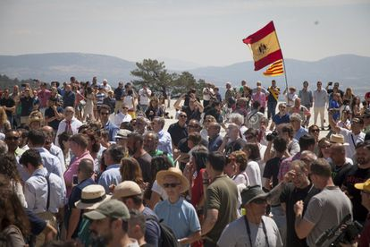 Hundreds of people traveled to the Valley of the Fallen from across Spain to protest the government's plans.