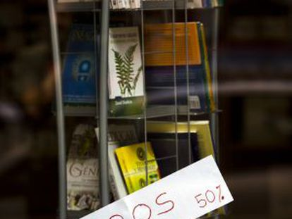 Discounted books on sale in a store on Madrid's Clara del Rey street.