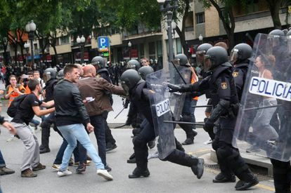 Street clashes on referendum day, October 1, 2017.