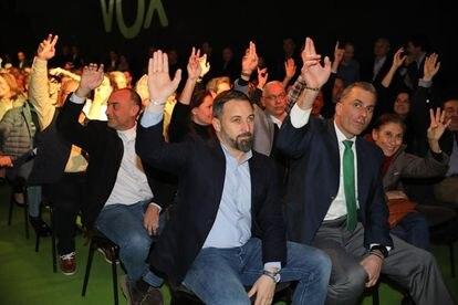 Vox leader Santiago Abascal (l), with Javier Ortega Smith (r).