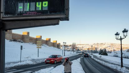A thermometer registered -14ºC in Ávila on Tuesday morning.
