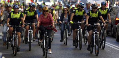 Madrid Mayor Manuela Carmena rides a bike on European Mobility Day.