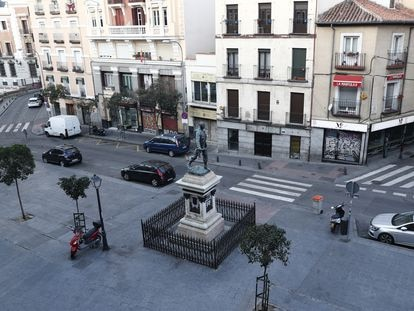 Empty streets in Madrid on Sunday, where the Rastro flea market would usually be taking place.