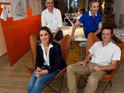 The team of architects from the AV62 studio.