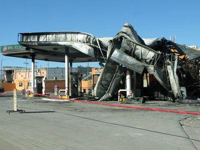 The blaze destroyed the filling station in Ciudad Juárez.