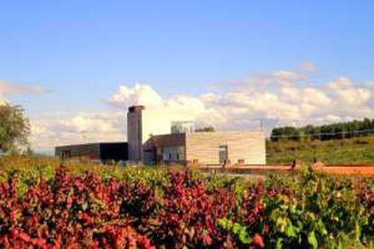 Bodegas Losada, a winery in Cacabelos (León).