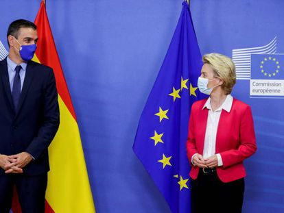 Spain's PM Pedro Sánchez and EU Commission President Ursula von der Leyen in late September.