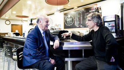 Vicente del Bosque (l) chats with writer and filmmaker David Trueba.