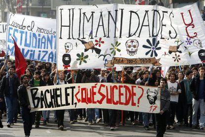A student demonstration outside La Moneda palace.