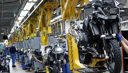 Global uncertainty is affecting Spanish industry