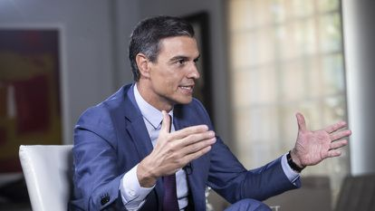 Pedro Sánchez during his interview with EL PAÍS.