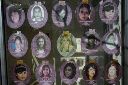 A poster showing missing women in Ciudad Juárez.