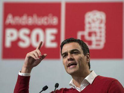 Socialist candidate Pedro Sánchez in Torremolinos (Málaga) on Thursday.