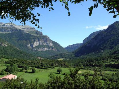 Valley of Hecho, a gem nestled in the Pyrenees in Spain's Aragón region.