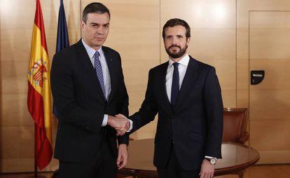 Caretaker Prime Minister Pedro Sánchez and PP leader Pablo Casado on Monday.