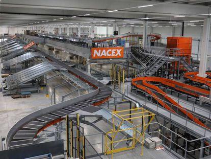 The Nacex plant in Coslada.