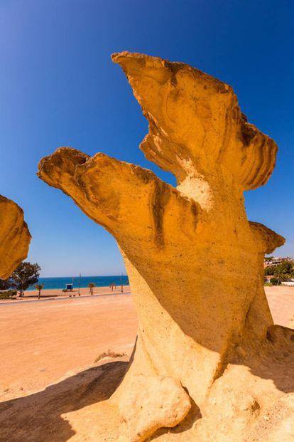 Located in Mazarrón Bay, these ancient formations are the product of years of erosion. Their power of suggestion increases under the night sky. During the day visitors can enjoy the nudist coves.