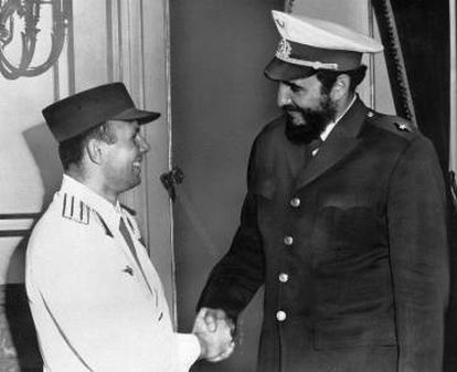Fidel Castro and Yuri Gagarin during the cosmonaut's visit in 1961.