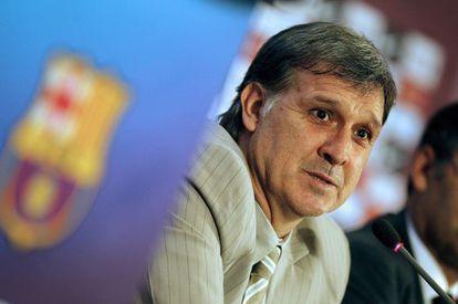 """Gerardo """"Tata"""" Martino during his first press conference at Camp Nou."""