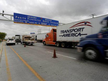 The US-Mexican border at Nuevo Laredo.