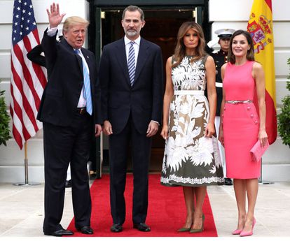 (l-r) Donald Trump, King Felipe VI, Melania Trump and Queen Letizia during a visit to the White House in 2018.