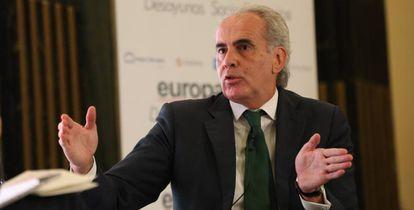 Madrid regional health chief Enrique Ruiz Escudero speaking on Tuesday.