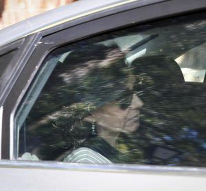 Ana Botin leaves a family residence in Madrid on Wednesday afternoon.