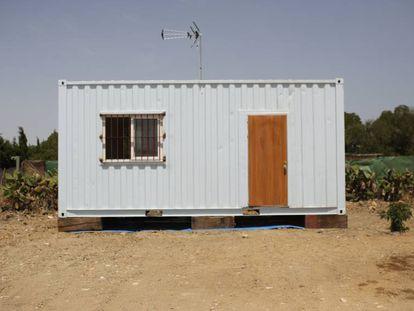 Makeshift home in El Palmar community.