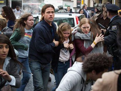 Brad Pitt rescues his family in World War Z, directed by Marc Forster.