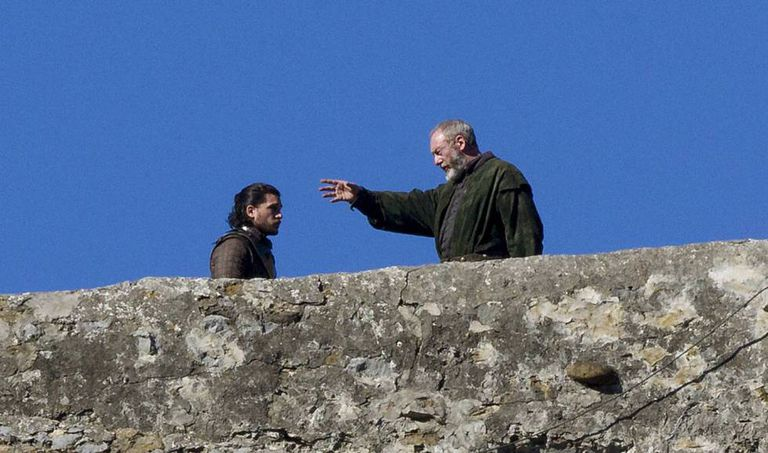 Kit Harrington and Liam Cunningham do their thing on location in the Basque Country.