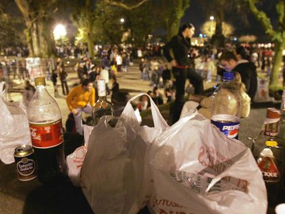 Thousands of youths at a banned street drinking binge in Santiago.