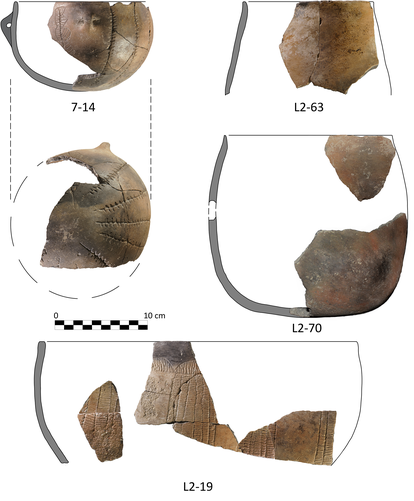 Fragments of a decorated vase found in the Dehesilla cave.