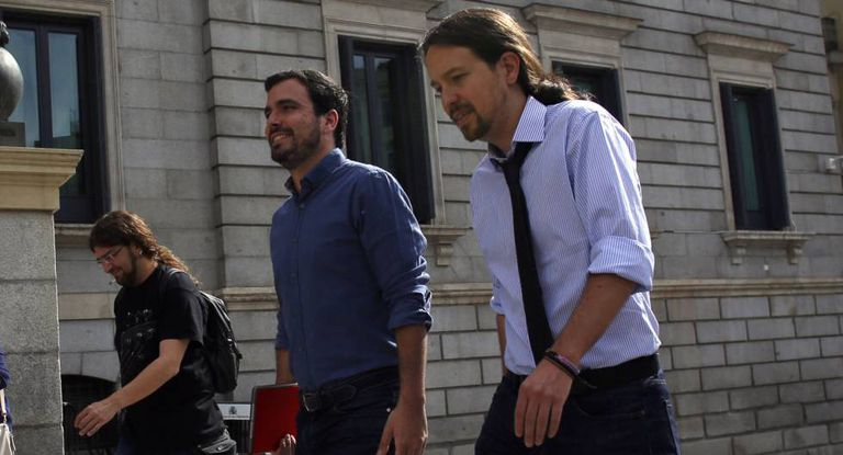 Alberto Garzón and Pablo Iglesias.