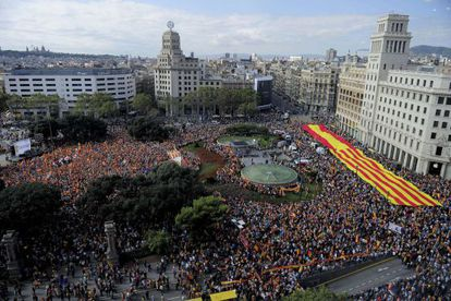 A demonstration in Barcelona in support of the unity of Spain.