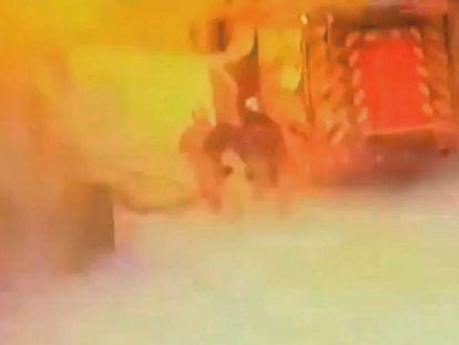 Firefighters at the scene in Arganda del Rey.