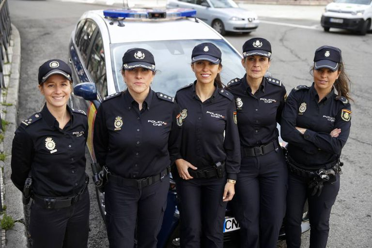 Spanish Police Force From Secretaries To Secret Police Spain S Female Officers Celebrate 40 Years On The Force News El País In English
