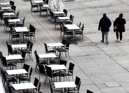 An empty sidewalk café in Pamplona, Navarre.