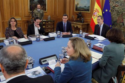 King Felipe VI presides the meeting of the Spanish Security Council.