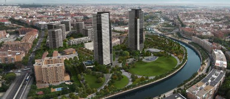 A montage of what the area next to the Manzanares will eventually look like.